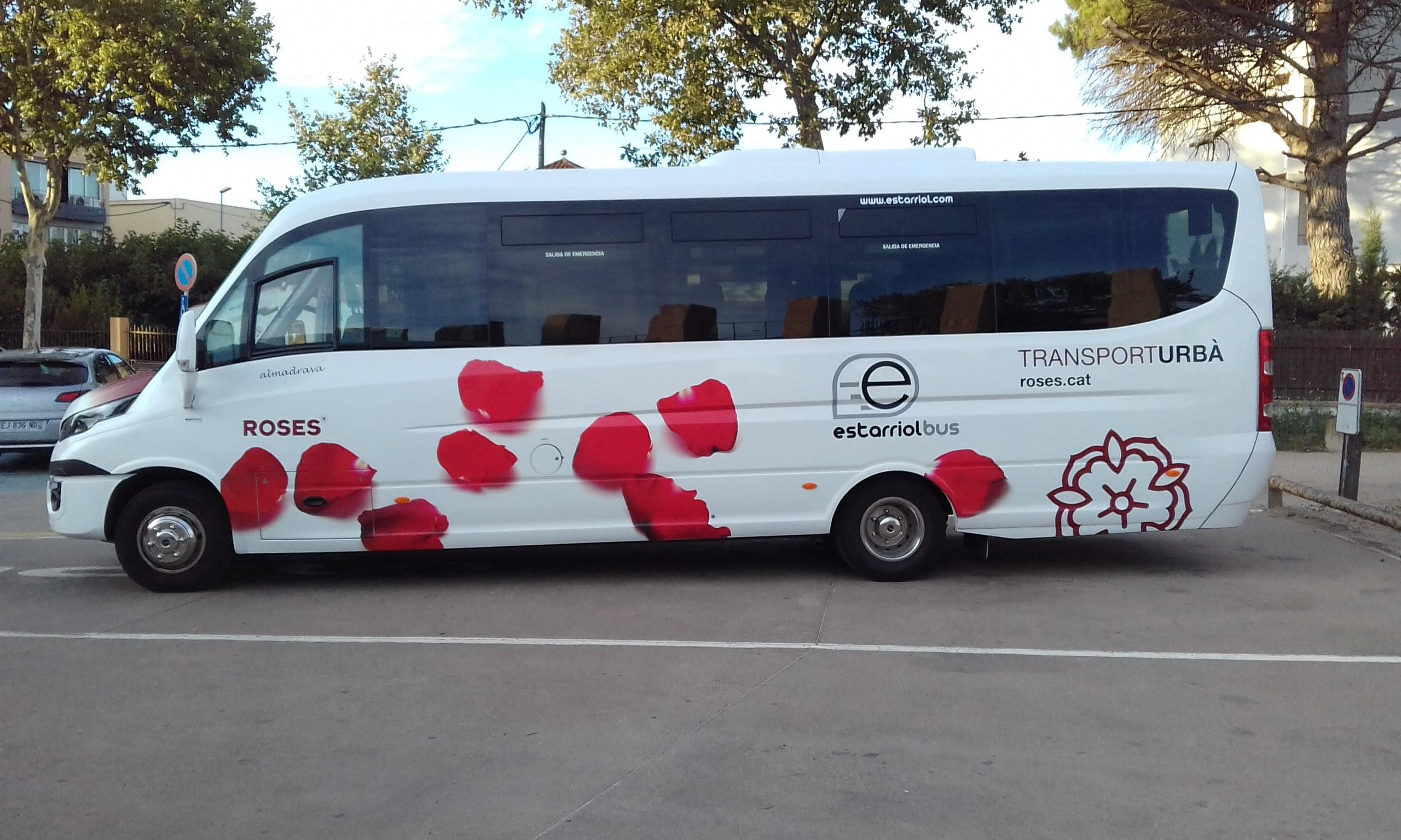 Autobus de línia · Roses
